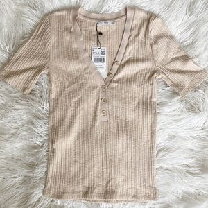 MANGO | Ribbed Button Up Tee